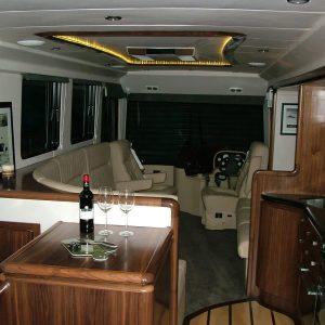 interior-detail-endeavour-motorhome