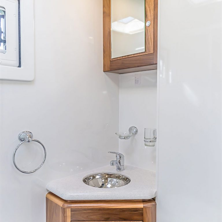 origin-motorhome-bathroom