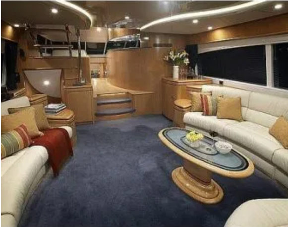 luxurious-custom-boat-joinery